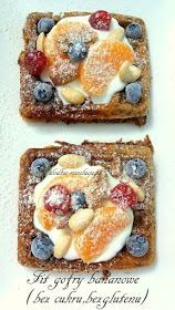 Sweet Revolutions: Fit banana waffles (no sugar, no gluten) - Fit Healthy Sweets, Healthy Snacks, Healthy Recipes, Sin Gluten, Gluten Free Desserts, Dessert Recipes, Banana Waffles, Good Food, Yummy Food