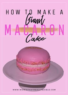 How to make a giant macaron cake. Wow your friends and family with this super easy macaron cake. Cakes To Make, How To Make Cake, Creative Cake Decorating, Cake Decorating Tutorials, Creative Cakes, Decorating Ideas, Art Tutorials, Best Friend Cake, Friends Cake