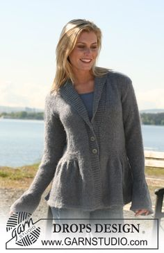 """DROPS jacket in stocking st with pleats and collar in """"Alpaca"""" and """"Kid-Silk"""". ~ DROPS Design"""