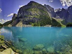 Sorprendente fotografía del lago Moraine en el valle de los 7 picos | La Reserva
