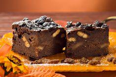 Υγρό κέικ σοκολάτας με μπισκότα με 5 υλικά χωρίς αλεύρι