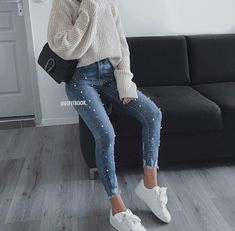 clothes for women,casual outfits,base layer clothing,casual outfits Mode Outfits, Jean Outfits, Trendy Outfits, Fashion Outfits, Black Outfits, Classy Outfits, Chic Outfits, Fashion Mode, Look Fashion