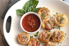Easy savory pizza muffins