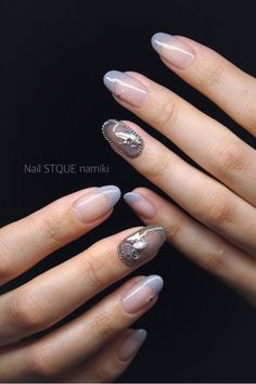 チェーンでぐるり in 2020 Nail Photos, Fun Nails, Nice Nails, Nail Inspo, Nail Polish, Nail Nail, Nail Art Designs, Beauty, Nailart