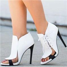 Sandálias de cordões vestido recortes couro Coppy moderno