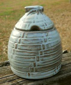 Vintage Frankoma Prairie Green Pottery Figural BEEHIVE HONEY POT JAR 803 | eBay
