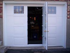 Explore numerous garage doors with man door design recommendations from Sara Phillips to makeover your dwelling. Garage Door Decor, Garage Room, Garage Door Makeover, Garage Door Design, Garage Door Opener, Diy Door, Barn Garage, Porsche Garage, Garage Floor Paint