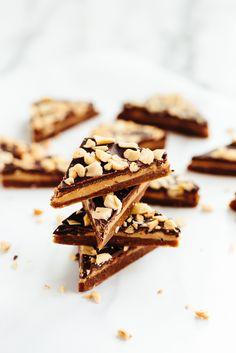 Vegan Caramel, Peanut Butter, and Chocolate Bark 45 mins to make, makes 18 pieces