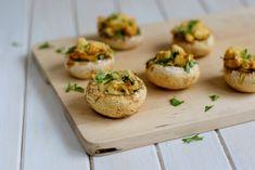 Žampiony plněné kuřecím masem - Fitness Recepty Baked Potato, Potatoes, Baking, Ethnic Recipes, Fitness, Potato, Bakken, Backen, Excercise