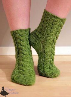 Crochet Socks, Knitting Socks, Hand Knitting, Knit Crochet, Knit Socks, Winter Socks, Hand Knitted Sweaters, Boot Cuffs, Yarn Colors