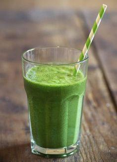 Nutricionista das famosas ensina 5 sucos saudáveis e dá dicas de preparo