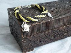 Bransoletki kumihimo Blog, Crafts, Style, Fashion, Swag, Moda, Manualidades, Fashion Styles, Blogging