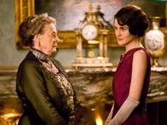 'Downton Abbey' starts new season with a wedding, financial woes