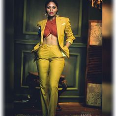 Work Wear Styles: How To Rock Uncoventional Suit Colors To Work Jean Outfits, Dress Outfits, Casual Outfits, Mustard Yellow Outfit, Two Piece Dress, Suit Fashion, Casual Looks, Work Wear, Cool Style