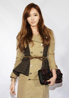 Jessica awes with her breathtaking beauty at the Burberry flagship store opening in Taiwan