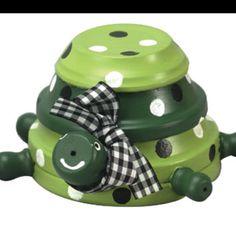 Turtle craft using flower pot saucers