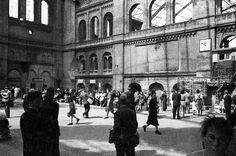 Stettiner Bahnhof: 1946 wurde der im Krieg beschädigte Fernbahnhof im...