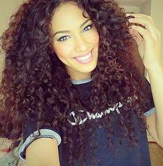 Gorgeous makeup & curls