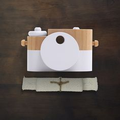 I think my heart just stopped. Wooden toy camera with moveable knobs. A collaboration between Joy from Oh Joy and Twig.