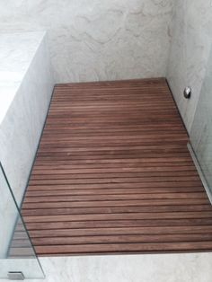 ipe bathroom floor - Google Search Teak Shower Mat, Shower Floor, Shower Mats, Interior Design Living Room, Living Room Designs, Bathtub Mat, Door Makeover, Modern Design, House Design