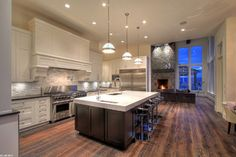 Millikan Residence - traditional - kitchen - vancouver - Oasis Design KD - likes general look but not big hoodfan feature - prefers exposed hoodfan