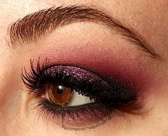Red eyemakeup