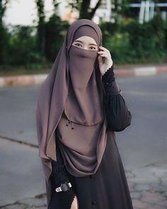 Niqab Fashion, Muslim Fashion, Muslim Girls, Muslim Women, Anime Muslim, Islamic Girl, Muslim Wedding Dresses, Moroccan Dress, Cute Eyes