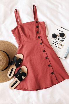 Minimalist Vintage Classy Street Style und Mode Inspiration 2018 Source by . Fashion Flats, Fashion Outfits, Womens Fashion, Fashion Trends, Fall Fashion, Dress Fashion, Fashion Clothes, Luxury Fashion, Cheap Fashion