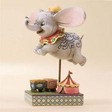 Enesco Walt Disney Showcase Collection Figurine - DUMBO Faith in Flight 4010028