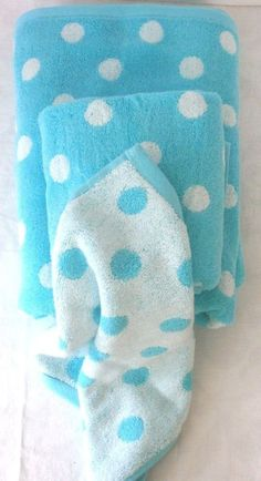 Soft and absorbent, this perky 100% cotton towel set will brighten up your bathroom The color and polka dots make this set a great back-to-campus gift for college students. Set includes 1 bath towel, 1 hand towel, 1 wash cloth. #BackToCampus