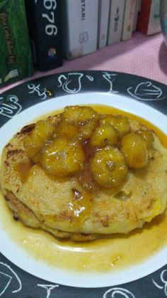 Banana pancake with caramel