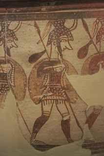 Scoperta una tomba di 3500 anni fa che potrebbe rivoluzionare ciò che pensavamo sulla civiltà occidentale E' stata scoperta recentemente la tomba di un guerriero miceneo vissuto 3500 anni fa che potrebbe rivoluzionare ciò che finora si pensava delle radici della civiltà occidentale. La tomba è stata scop #storia #archeologia #grecia