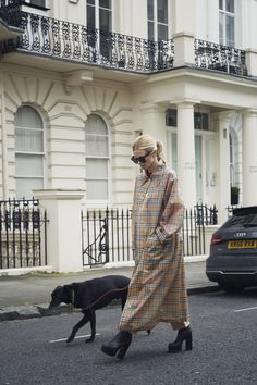 Edith Bouvier Beale, Laura Bailey, Swinging London, Vogue Uk, Jackie Kennedy, Burberry, Trench Jacket, Hipster, Spring Summer