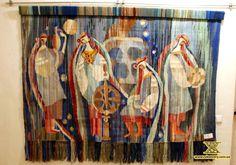 Modern traditional art of Hutsulschyna Ukrainian Art, Modern Traditional, Eastern Europe, Art Tips, Winter Christmas, Art Decor, Fairy Tales, Glass Art, Folk