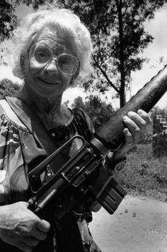 Girls and Their Guns (74 pics) - Izismile.com