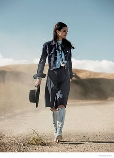 After appearing in the magazine's December issue for her first solo editorial, Kendall Jenner is gracing the pages of Vogue US again, this time in a feature putting the spotlight on the cropped jacket trend. The images were photographed by David Sims (who also captured the reality television star turned model for LOVE) in a …