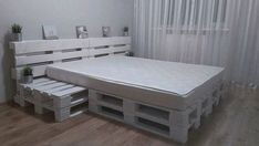 Pallet bed: ideas and solutions for self-made worth standing to admire. - Pallet bed: ideas and solutions for self-made worth standing to admire. S … – Pallet bed: idea - Wooden Pallet Beds, Pallet Bed Frames, Diy Pallet Bed, Diy Bed Frame, Diy Pallet Furniture, Furniture Projects, Home Furniture, Bed Pallets, Pallett Bed