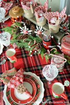 Lovely red table setting for Christmas. Love that traditional feel and the beautiful details.