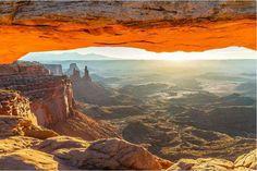 Mesa Arch Trail - Canyonlands National Park