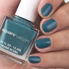 Happy Sunday! #Repost @beherenail  Canal Grande is my favorite shade in the @squarehue Gondola Venice box! That shimmer is just gorgeous! Shown with 2 coats and #toppedwithlove by @shoploveangeline. Stop by my blog for more swatches and nail art; and be sure to use my code BEHERE10 to save yourself some dollars when shopping at SquareHue.com! . . .  #squarehue #NailPolishForFreedom #NailPolishSubscription #veganfriendly #crueltyfree #SevenFree #Indie #indiepolish #indienailpolish #nailpolish…