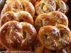 Polish Recipes, Polish Food, Bread Rolls, Bagel, Meat, Baking, Dom, Breads, Bread Making