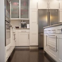 Contemporary Kithchen Cabinets Design, Pictures, Remodel, Decor and Ideas - page 4