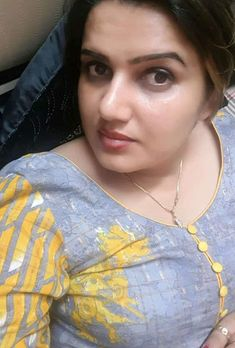 Beautiful Girl In India, Beautiful Women Over 40, Beautiful Women Pictures, Most Beautiful Indian Actress, Beautiful Girl Quotes, Cute Beauty, Beauty Full Girl, Whatsapp Png, Girl Number For Friendship