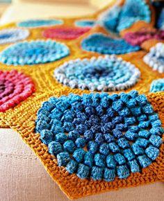 Virkattu peitto - katso ihana ohje ja tee itse! | Kotivinkki , pattern from Mollie Makes