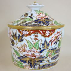COALPORT (worked from c.1795) Coalport porcelain finger pattern straight sided Sucrier & lid (c. 1820 England)