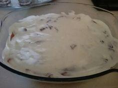 Sajtos-tejszínes csirkemell recept lépés 2 foto Ice Cream, Desserts, Food, No Churn Ice Cream, Tailgate Desserts, Deserts, Icecream Craft, Essen, Dessert