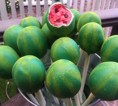 watermelon cake pops - great for a picnic!