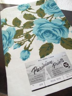 Blue roses on linen tablecloth ♥