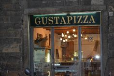 Gusta Pizza...Florence, Italy