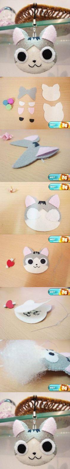 Felt   DIY Kitten Keychain